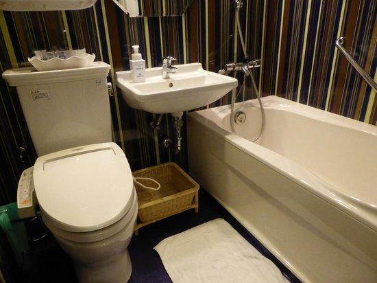 Hotel Monterey Kyoto : BathRoom
