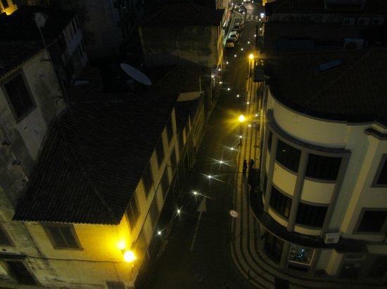 The Vine Hotel: Blick von der Terrasse aus