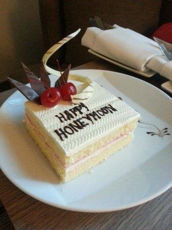 Novotel Bangkok Platinum Pratunam: Honeymoon surprise compliments of the hotel