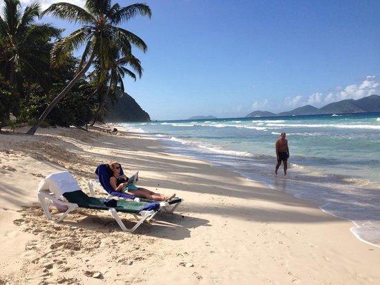 Long Bay Beach Club : Long Bay beach