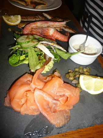 The Broadway Hotel: Fish Platter