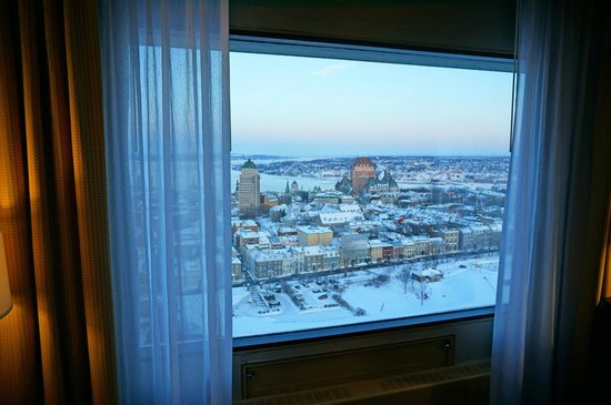 Hilton Quebec: Outside view from a guest room