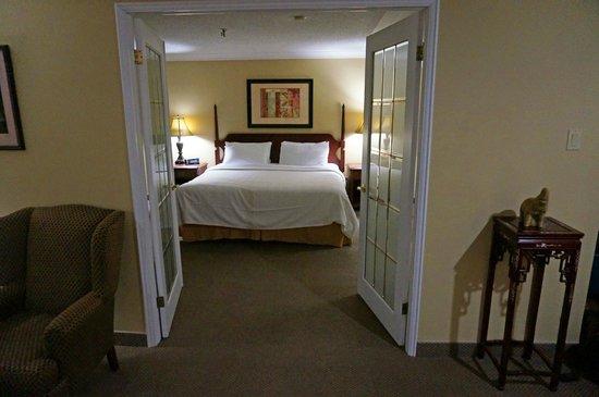Crowne Plaza Lord Beaverbrook Hotel: Bedroom - suite