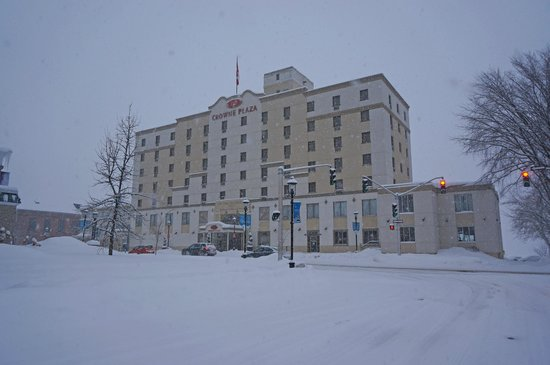 Crowne Plaza Lord Beaverbrook Hotel: Exterior appearance