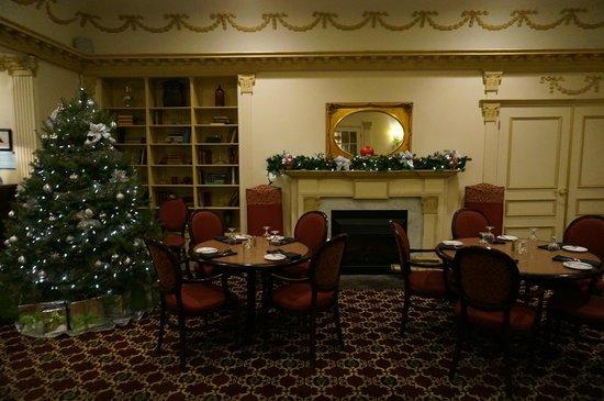 Crowne Plaza Lord Beaverbrook Hotel: Restaurant