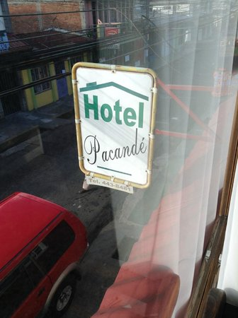 Hotel Pacande: convenient location near airport