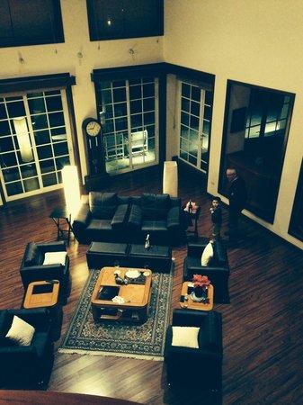 La Esmeralda: Lounge area