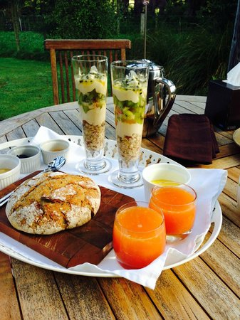 Earthstead Villas : Amazing breakfast all homemade with local produce
