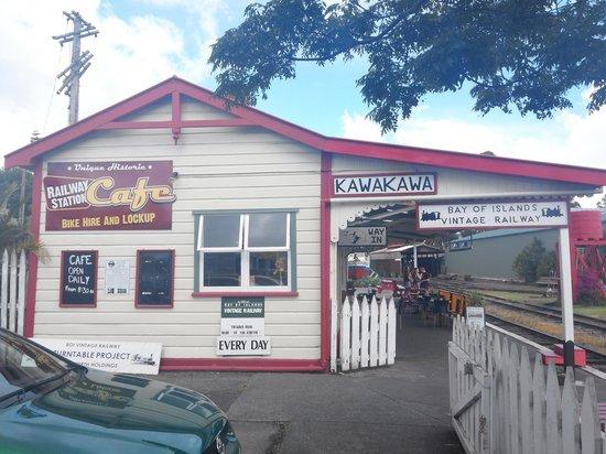 Railway Station Cafe: restaurant