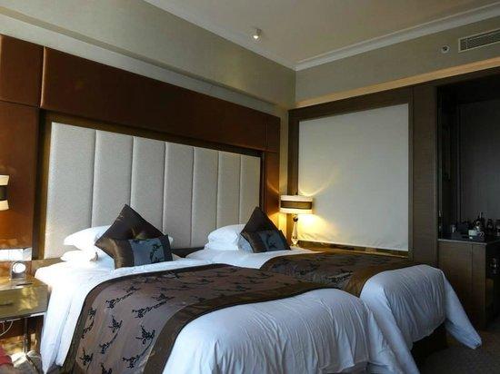 Sofitel Macau At Ponte 16: View of Room