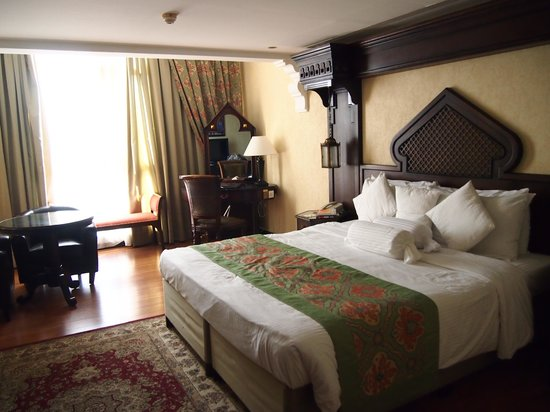 Arabian Courtyard Hotel & Spa : Heritage Room