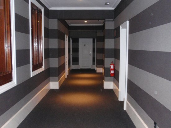 Hotel Granvia : New Hallway