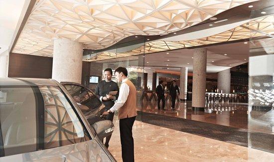 Pan Pacific Singapore: Hotel Entrance