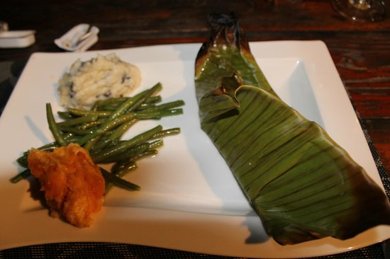 Le Sunset: Owner's recommended entree - forgot what kind of fish it was!