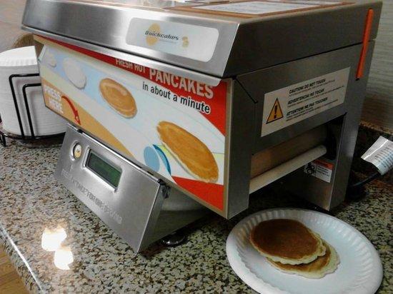 Best Western Park Hotel: Automatic Pancake Maker
