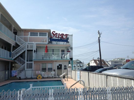 Surf Motel: View of the Motel
