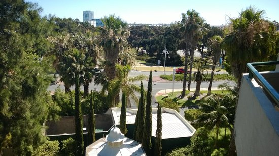 Atrium Resort Hotel Mandurah: View from 4th floor room balcony