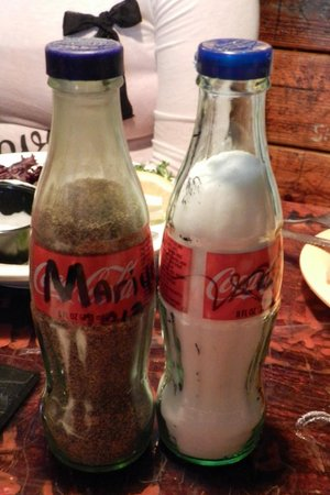 Fudpucker's Beachside Bar & Grill : Salt and Pepper Shakers