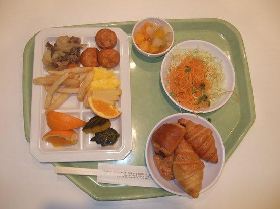 Kobe Sannomiya Union Hotel: 私の食べた朝食 これにコーヒー