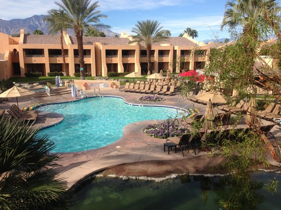 Westin Mission Hills Golf Resort & Spa: Adult pool from balcony of Bldg. 7