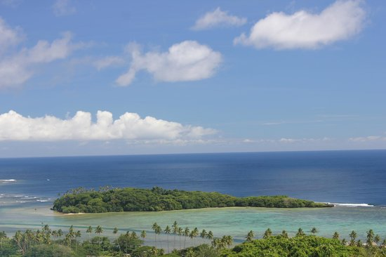 Koro Sun Resort and Rainforest Spa : View from top of hill