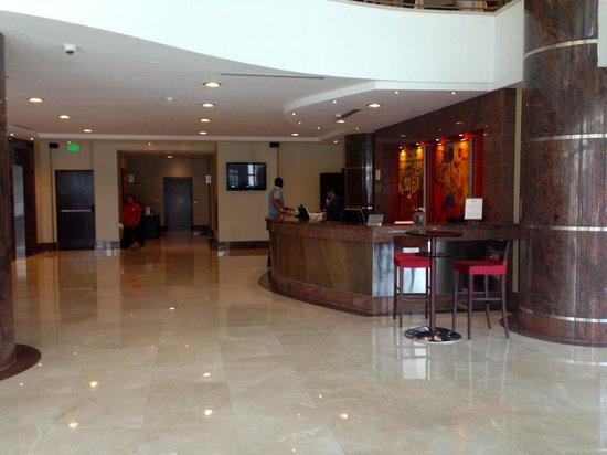 Marriott Executive Apartments Panama City, Finisterre: Hotel Lobby