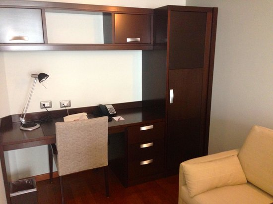 Marriott Executive Apartments Panama City, Finisterre : Office Area