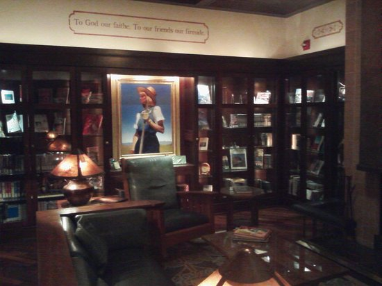Hotel Pattee : Hotel Library
