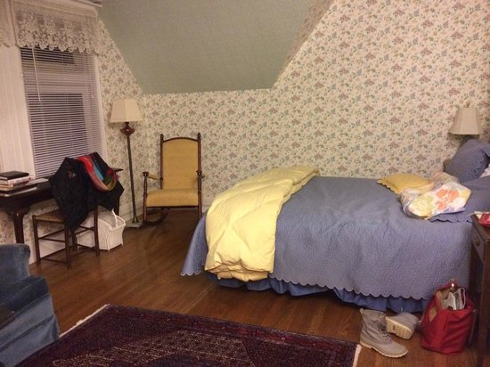 Wilburton Inn: My beautiful bedroom