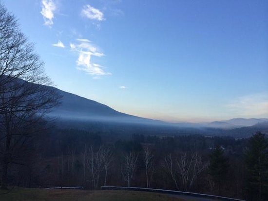 Wilburton Inn: morning fog in winter!