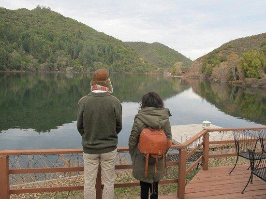 The Lodge at Blue Lakes : blue lake