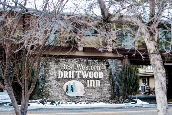BEST WESTERN Driftwood Inn: Outside sign