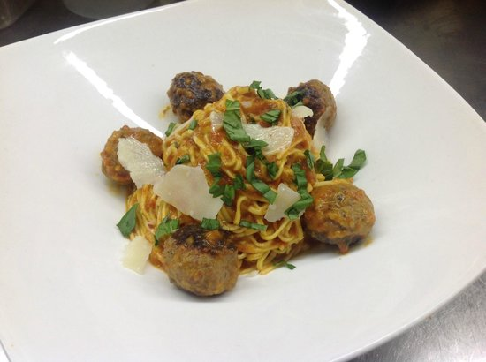 ORO Restaurant: Our very own home-made spaghetti alla chitarra with prosciutto-sage veal meatballs