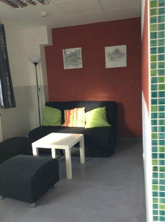 Babelfish Hostel: sitting area