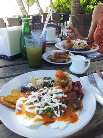 Cabanas Tulum : Mayan eggs at Ziggy's!