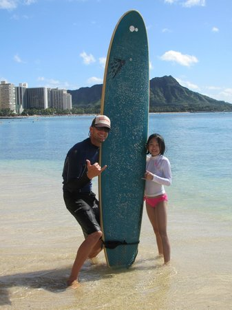 Gone Surfing Hawaii : Jedi and my 11 year old daughter