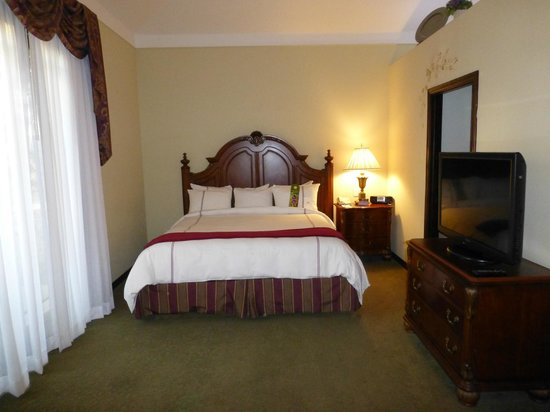 South Coast Winery Resort & Spa: Bedroom within casita