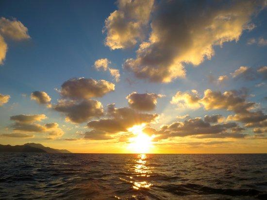 MiraMar Excursions : Close to Sunset
