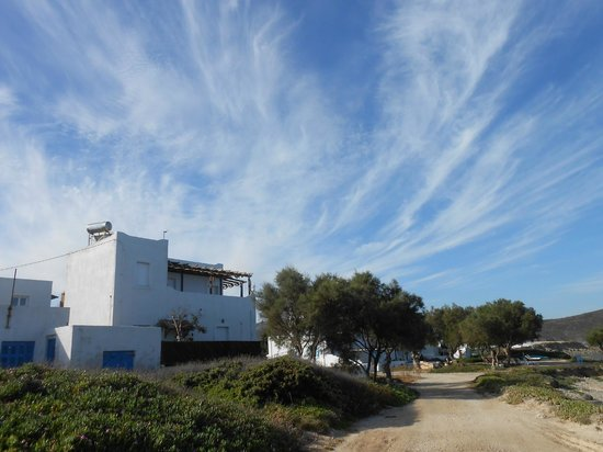 Nefeli Sunset Studios: Clear Skies