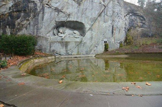 Lion Lodge Lucerne : Lion Monument