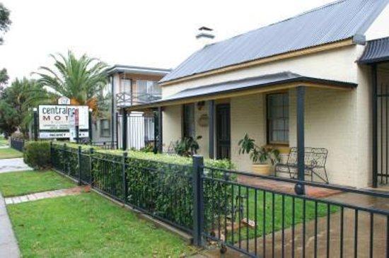 Centralpoint Motel Wagga Reviews