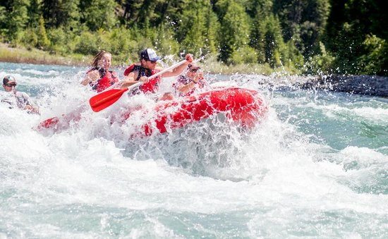 Great Northern Resort : Exciting Whitewater Rafting