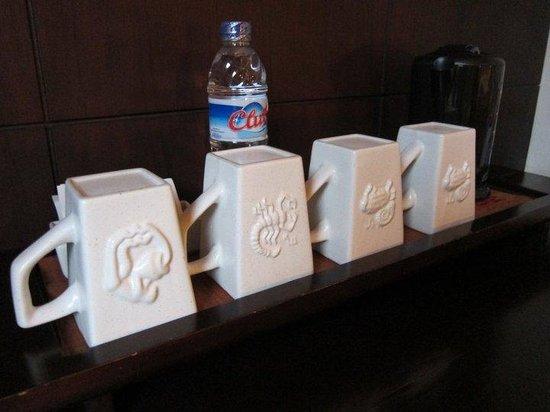 Villa Mahapala : mug with your own horoscope!!!!
