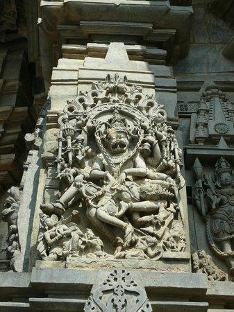 Chennakesava Temple : Narasimha