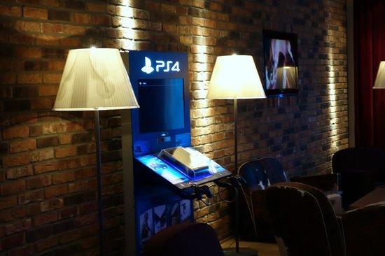 pentahotel Leipzig: Eingangsbereich (Loungebereich)