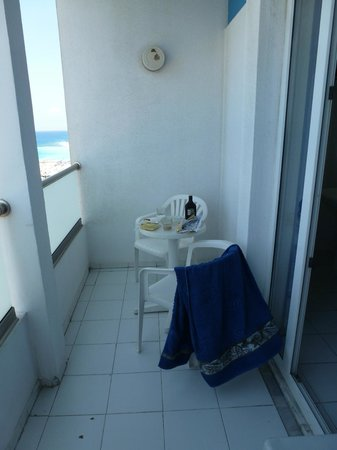 Hotel Rhodos Horizon Resort: Балкончик