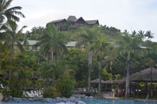 Outrigger Fiji Beach Resort: View of Resort with Bebe Spa
