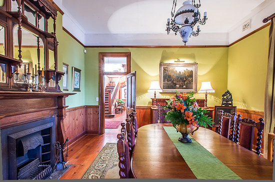 Royston Hall Guesthouse: Dining Room