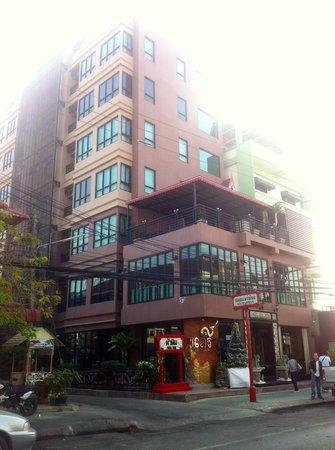 Chalelarn Hotel Hua Hin: Hotel building
