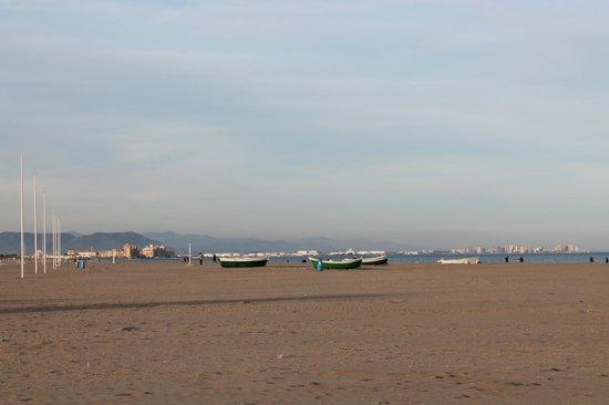 Spiaggia d 39 inverno foto di playa de la malvarrosa for Spiaggia malvarrosa valencia